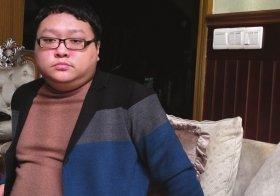 文强之子受访称在狱中被打 父亲告诫勿仇恨社会